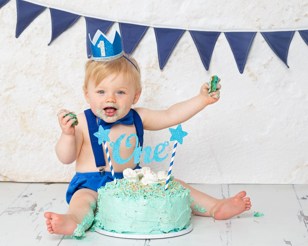 Cake Smash Photography East Grinstead West Sussex